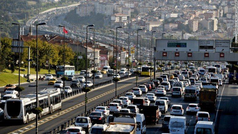 بیمه شخص ثالث خودرو در ترکیه استانبول