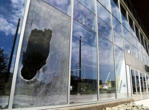 بیمه شکستن شیشه